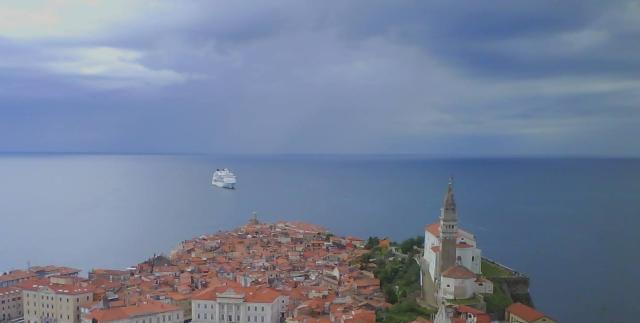 piran ferry