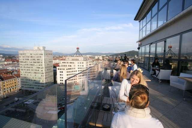bar immeuble sympa Ljubljana