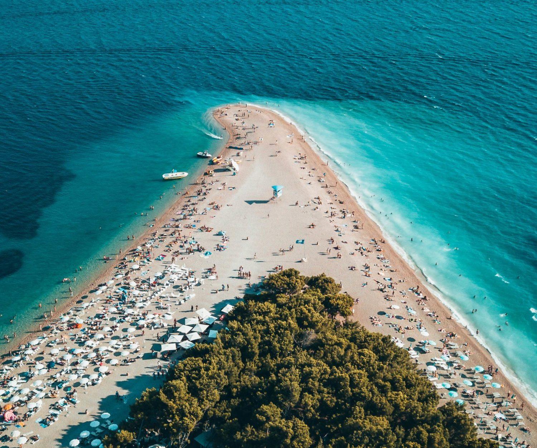 Lorsque Lon Regarde La Carte De Croatie Pour Preparer Ses Vacances Les Iles Ont Un Pouvoir Dattraction Tres Fort On Est Tente Prevoir Visite