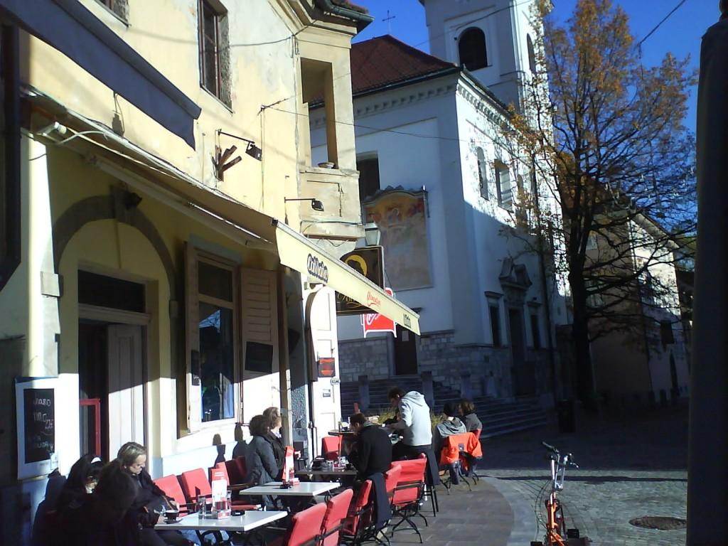bar à Ljubljana en slovénie