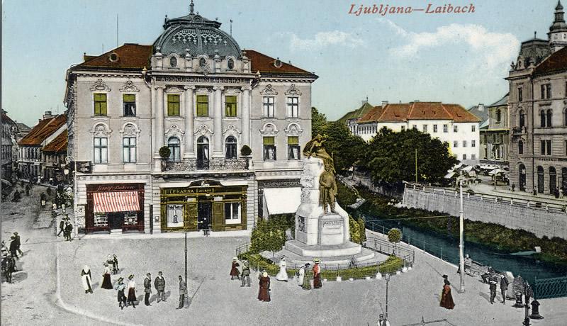 place centrale de Ljubljana 3 ponts