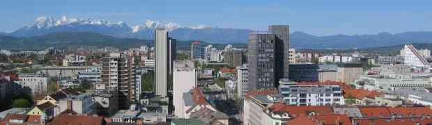 Panorama 360° de Ljubljana, la capitale de la Slovénie, par très beau temps
