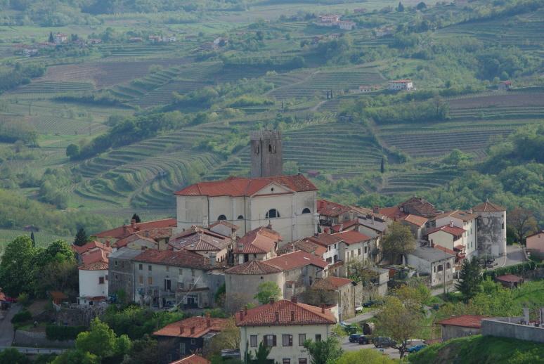petit village slovenie