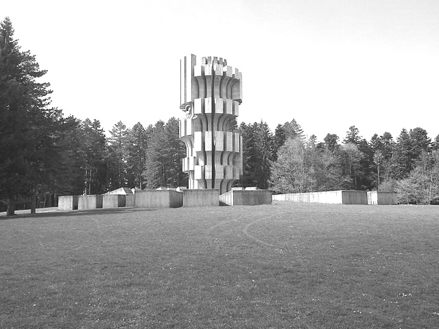 640px-Kozara_National_Park_Mrakovica_Memorial