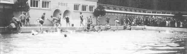 Rafraichissez-vous dans une piscine des années 20 au centre de Ljubljana