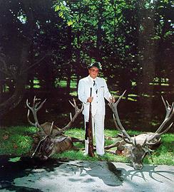 786529_tito-ubija-jelene