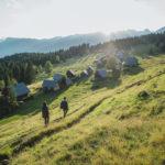 Zajamniki, une rando facile vers un magnifique village en bois
